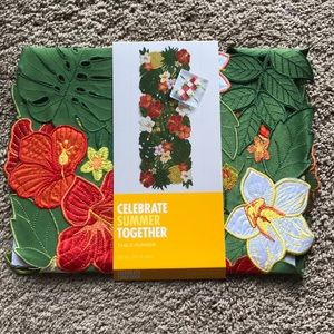 Table Runner - Tropical Flowers